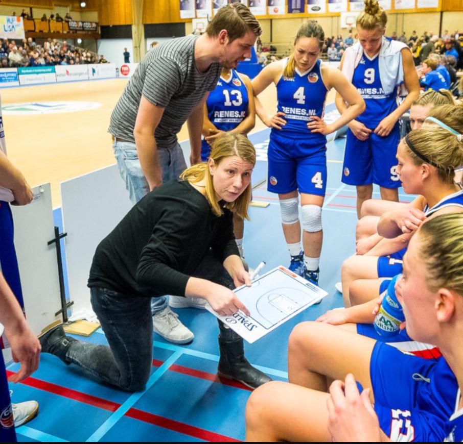 Coach Linda